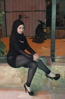 Türbanlı Suriyeli Dul Kadınların Erotik Filmi HD İzle